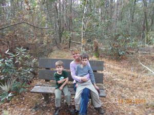 boys sitting with mom