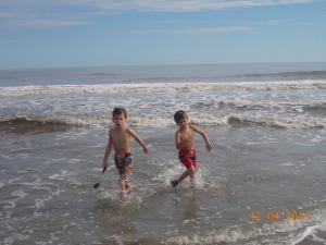 boys water 2